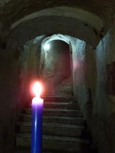 La Cueva de la Luna a la luz de las velas