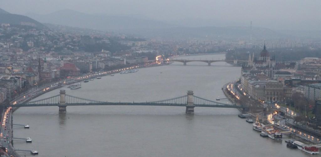 Vistas de Budapest desde Gellert