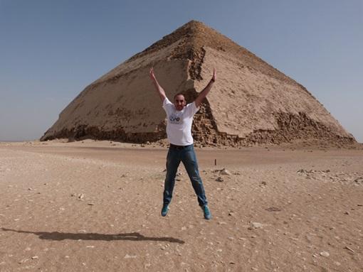 Saltando_Piramides_Dashur
