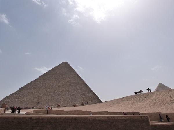 Ultima vision de las Piramides de Guiza