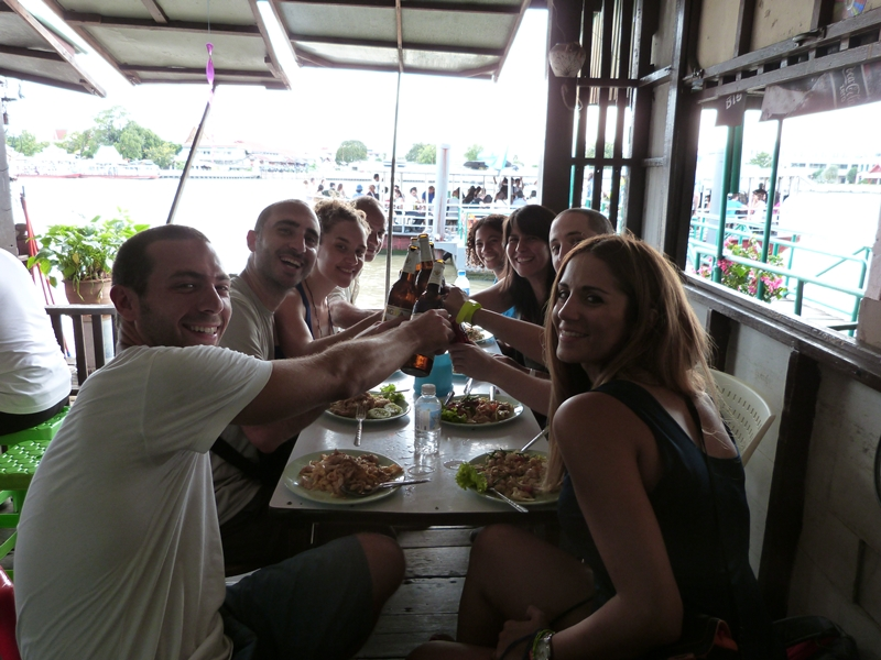 La primera comida en Bangkok