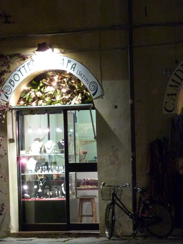 Detalles en Lucca