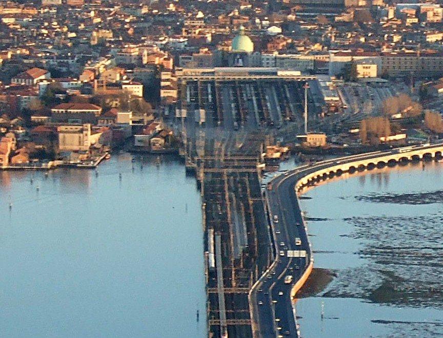 Estacion de Venecia Santa Lucia - Fuente Wikipedia