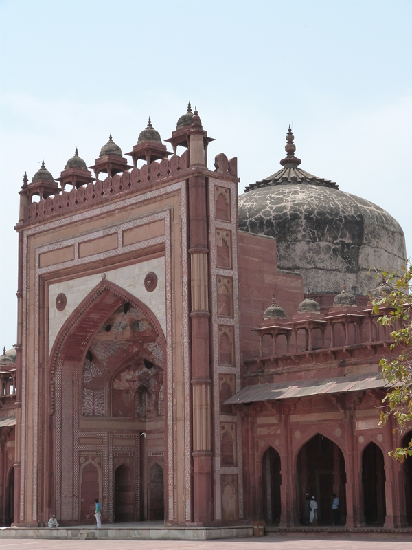 Puerta de acceso a la mezquita Jami Masjid - Fatehpur Sikri