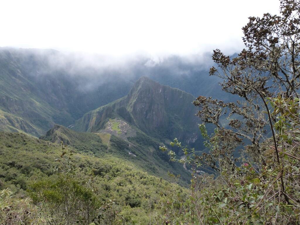 Vistas a la bajada de Machu Picchu