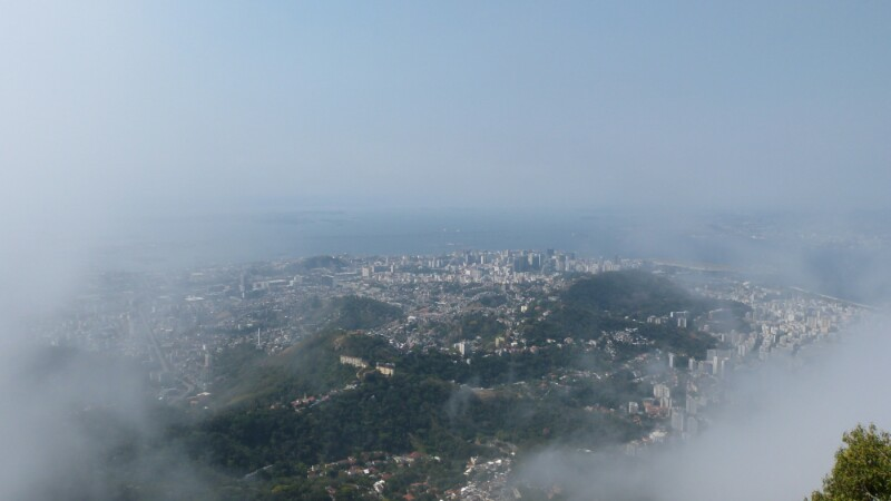 Río de Janeiro con su clásica nubosidad