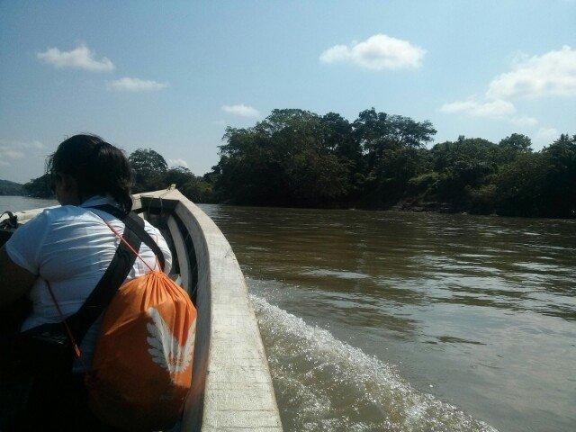 Cruzando la frontera por el rio Usumacinta