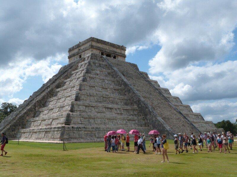 Comienza la fiesta en Chichén Itzá