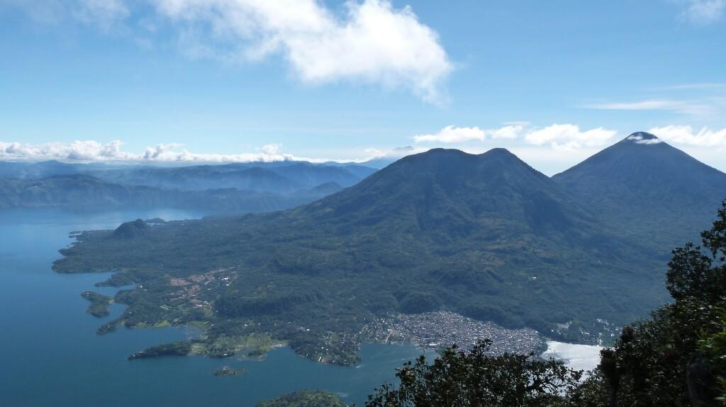 La combinación perfecta: el lago y los volcanes Tolimán y Atitlán