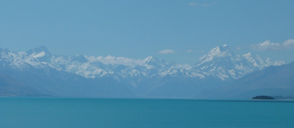 Postal blanca y azul desde Nueva Zelanda