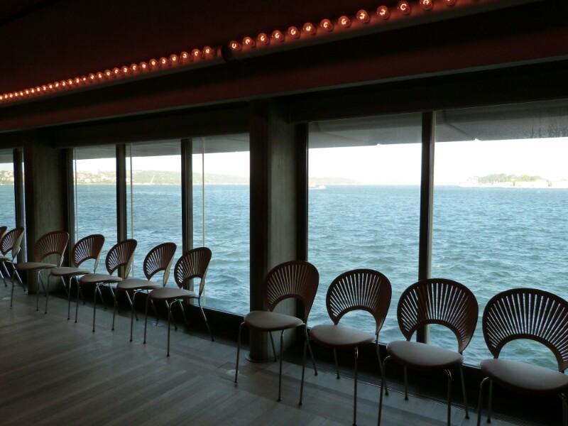 Vistas a la bahía desde la sala Utzon