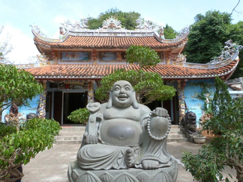 Buda en un templo de Hoi An