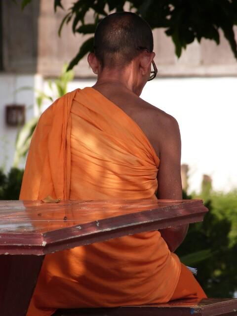 Meditación budista en Luang Prabang