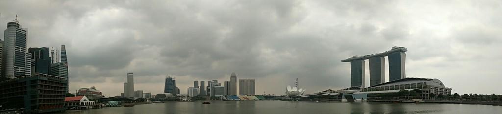 Panorámica completa de Marina Bay en Singapur