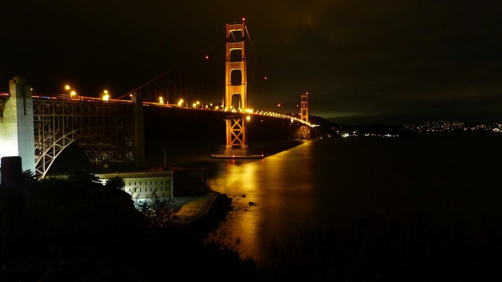 Golden Gate desde la orilla de la ciudad
