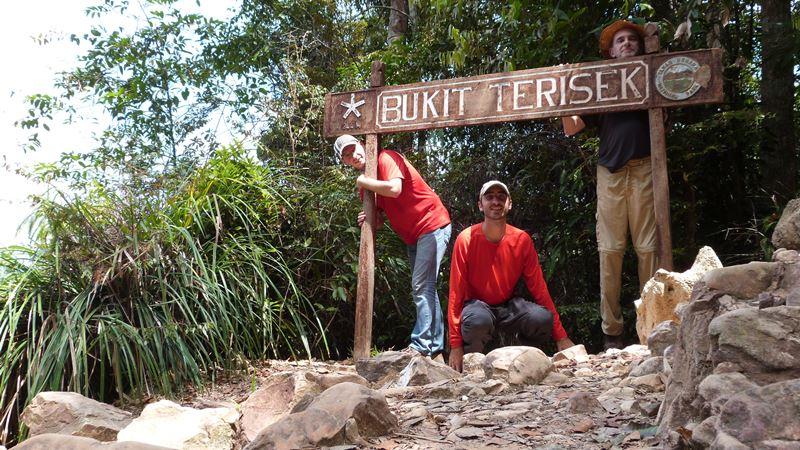Subida completada a Bukit Teresek