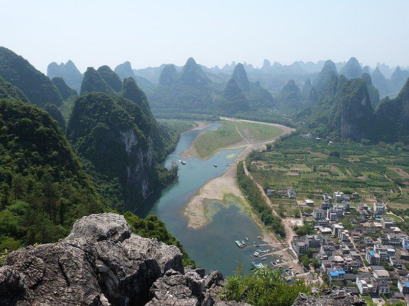El río Li y sus montañas kársticas