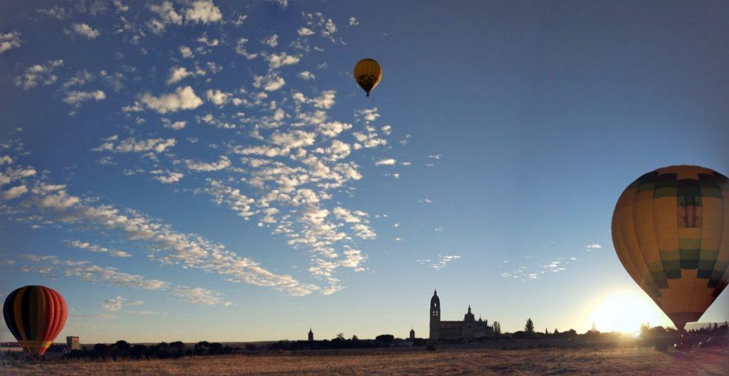 Panorámica de los globos y Segovia