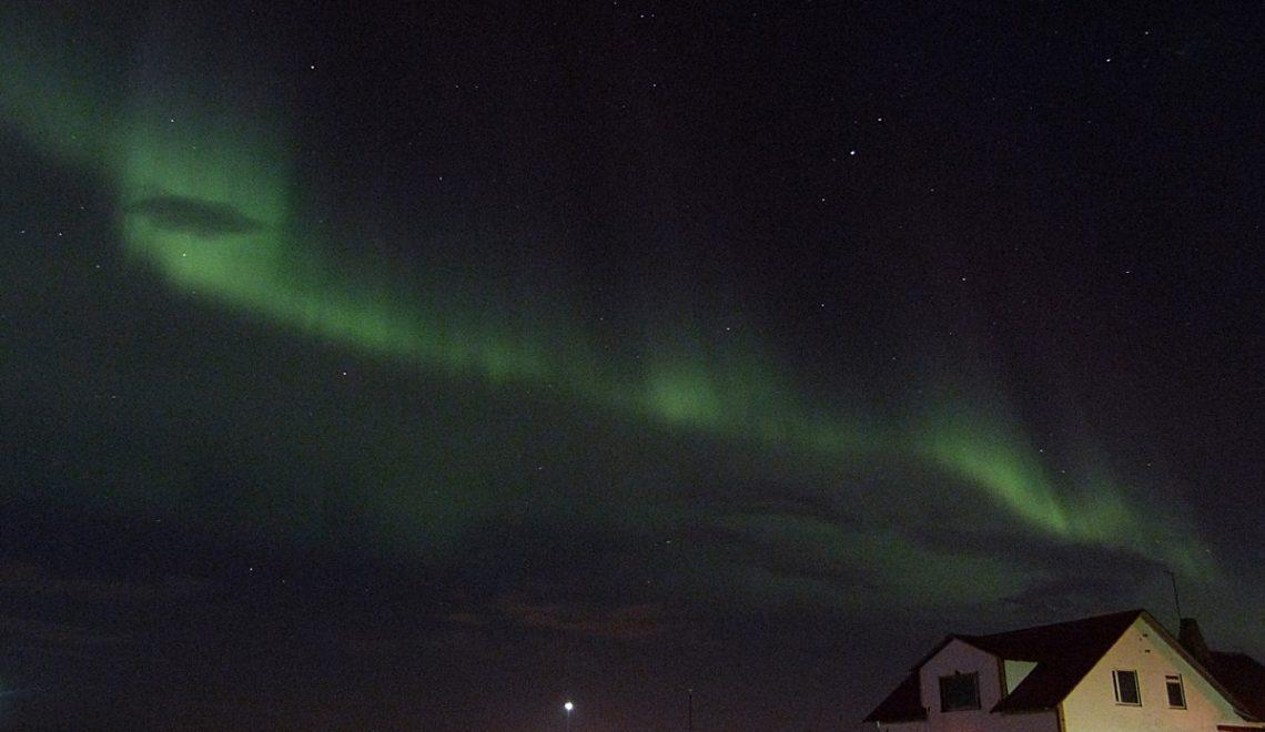 Auroras Boreales iluminan y colorean Islandia en Agosto
