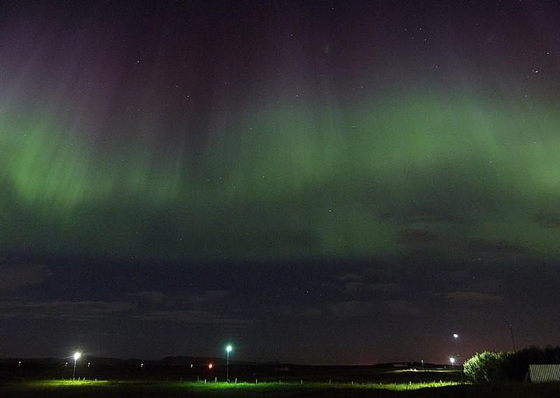 Y el cielo de Islandia se iluminó