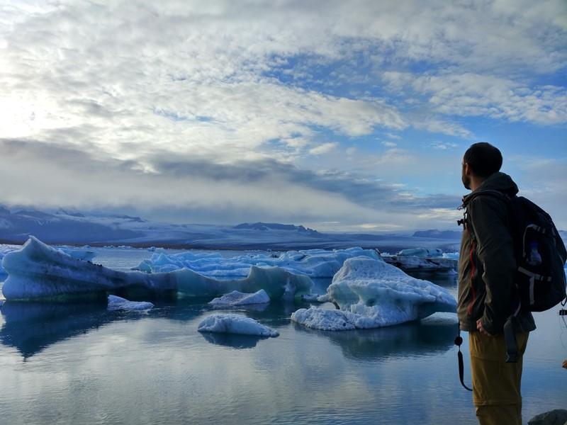 Contemplando Islandia