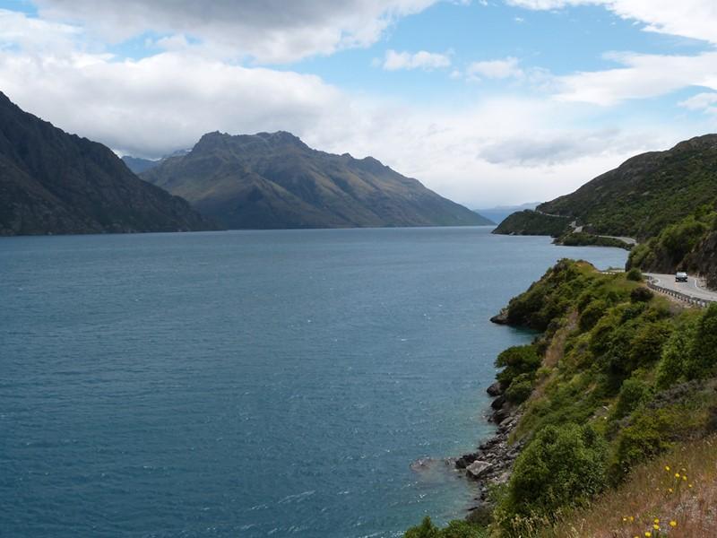 Paisajes y carreteras en Nueva Zelanda