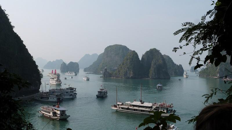 Vistas de Ha Long desde Sung Sot