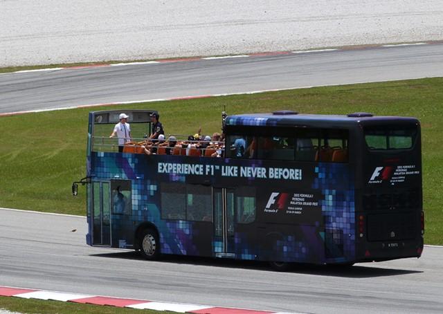 El autobús de los pilotos de F1