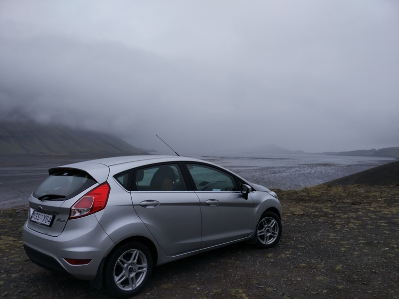 Nuestro coche en Islandia