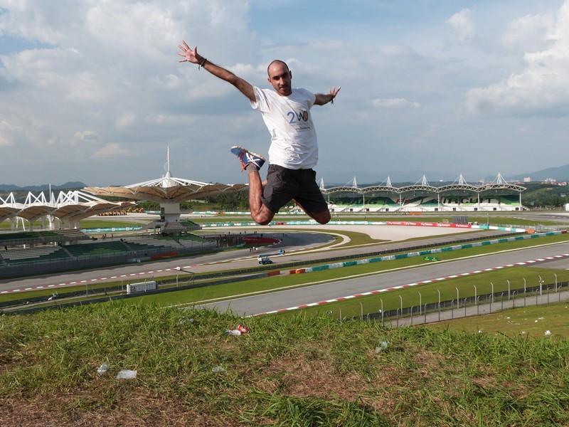 Saltando en Sepang