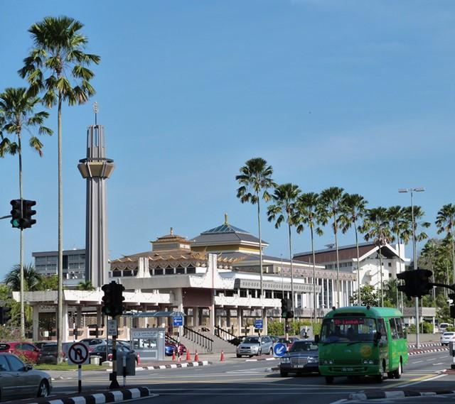 Una calle cualquiera de Bandar Seri Begawan