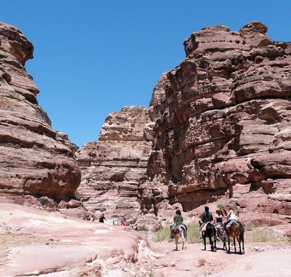 Descenso hacia Petra