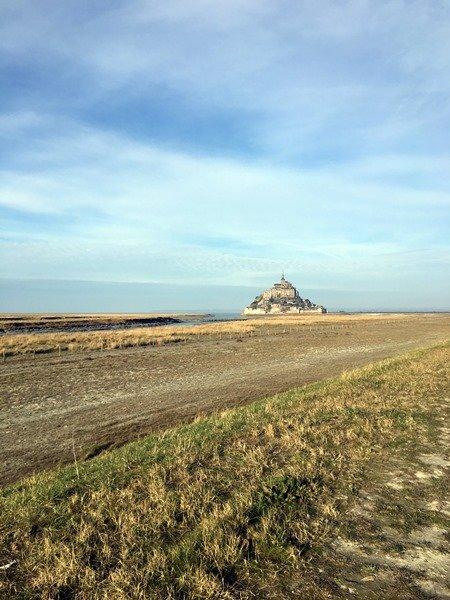 Mount-Saint-Michel desde la distancia
