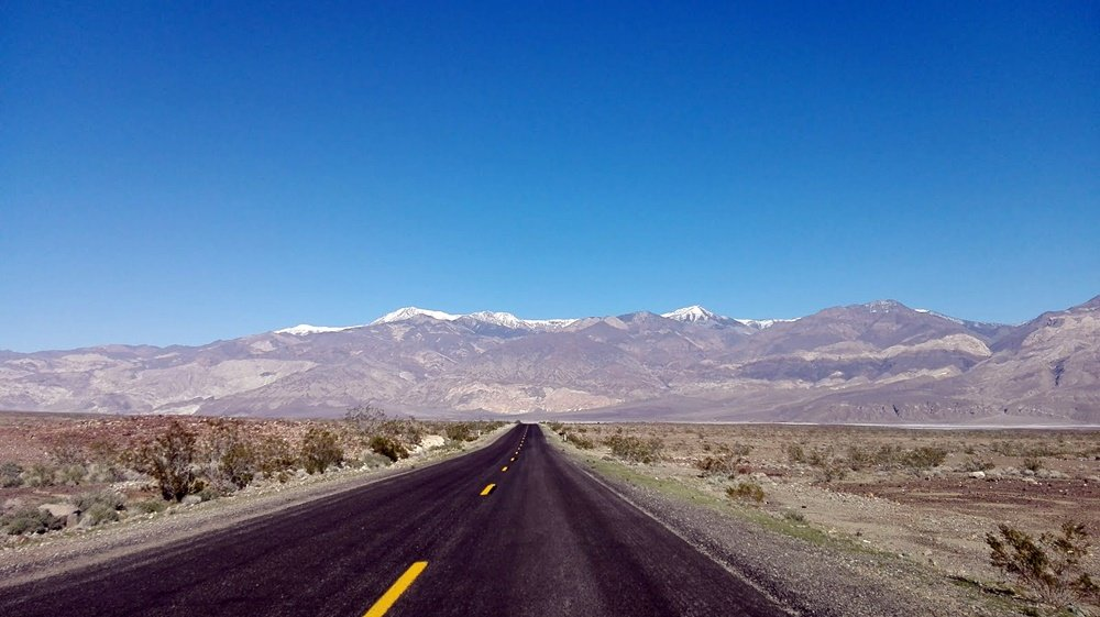 Carreteras infinitas de la costa oeste