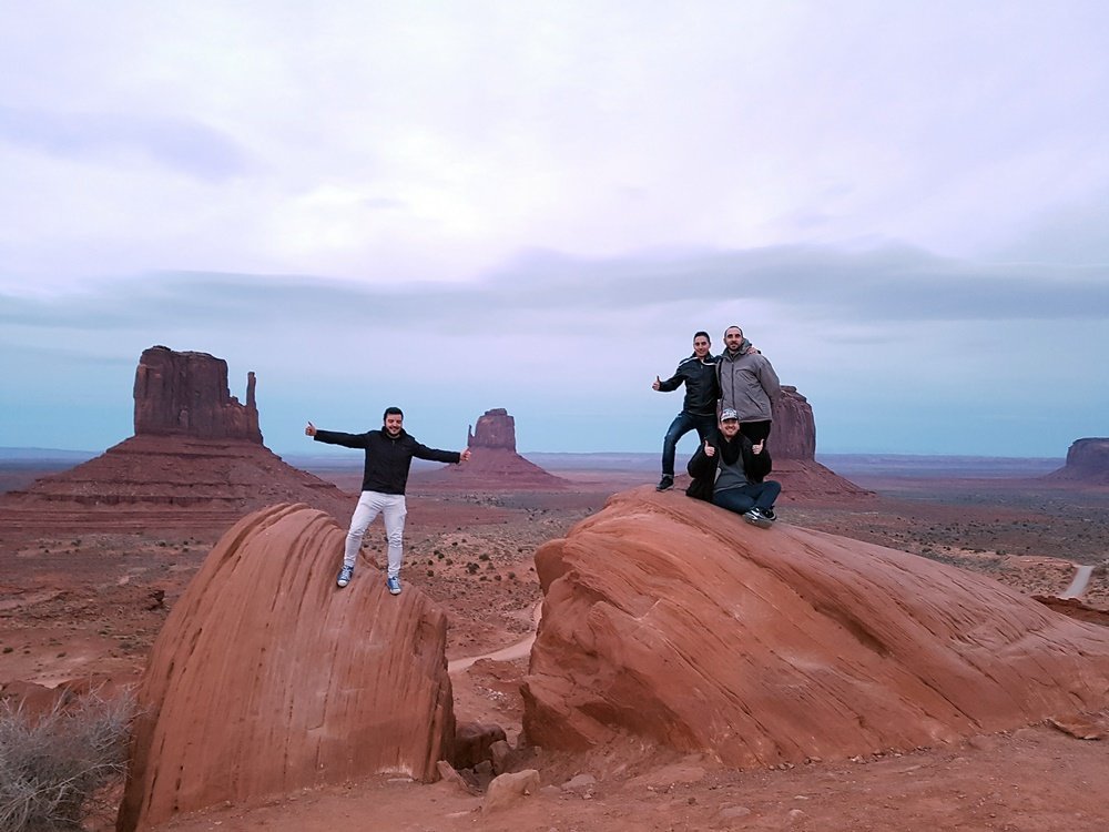 El grupo en Monument Valley