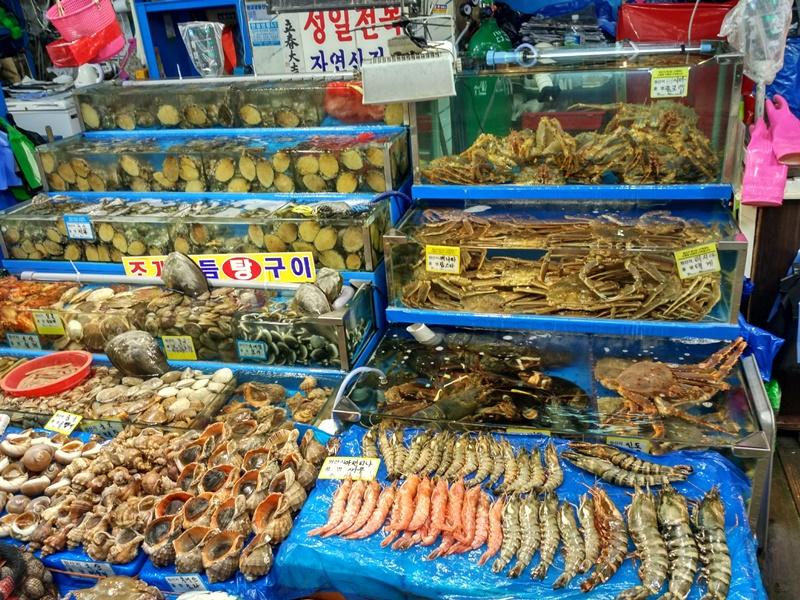Puesto de marisco en Noryangjin