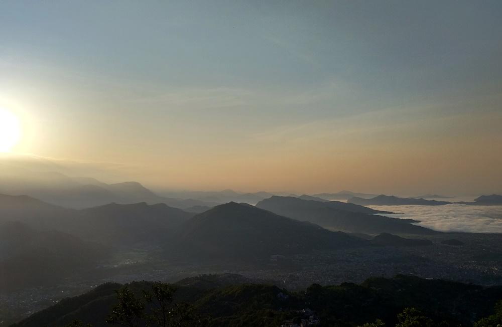 El Sol comienza a salir en Sarangkot