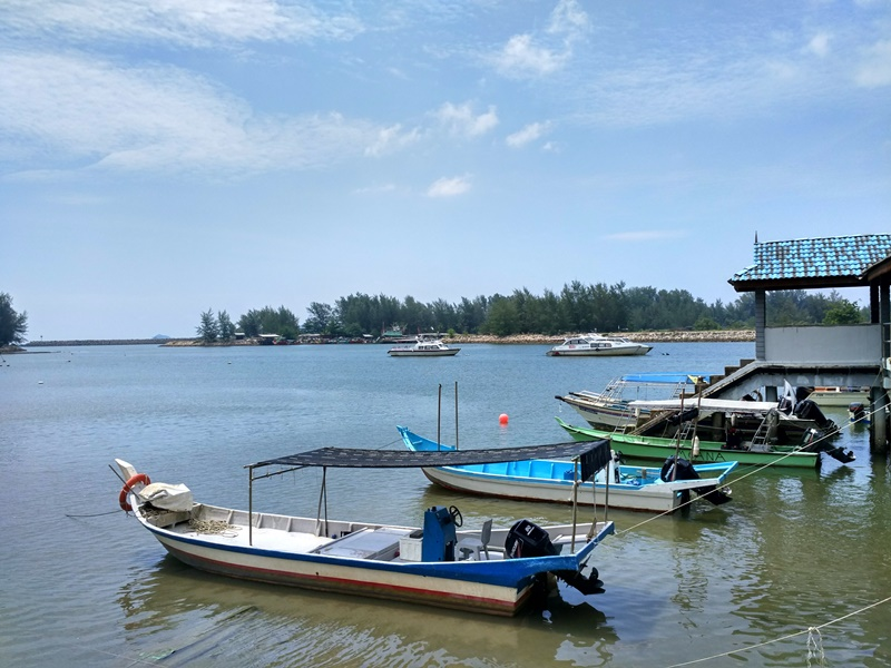 El humilde embarcadero de Marang