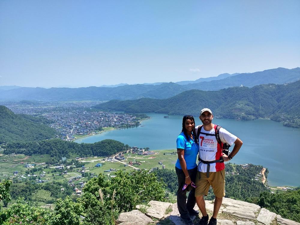 Pokhara desde el primer mirador camino a Sarangkot