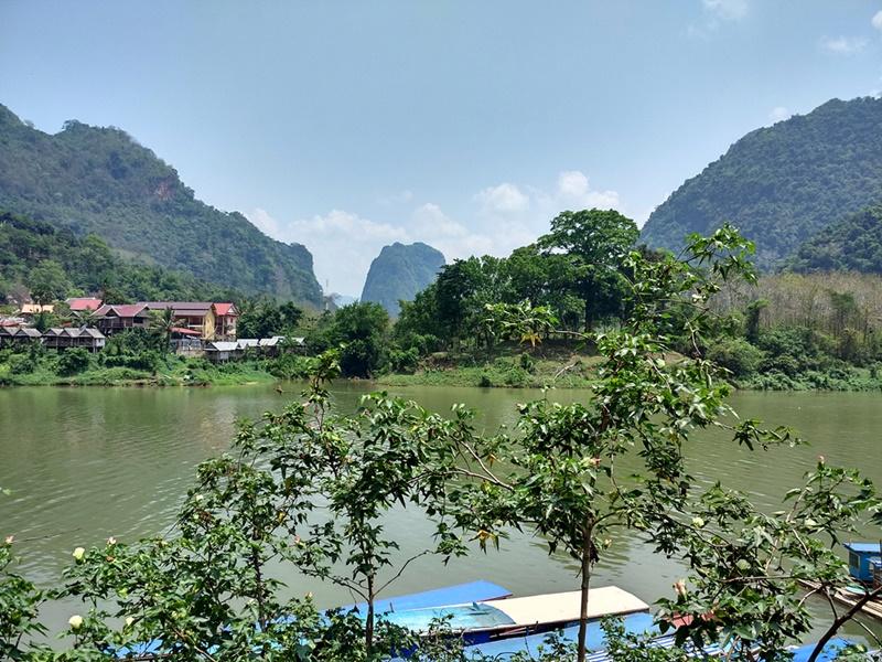 Embarcadero de Nong Khiaw