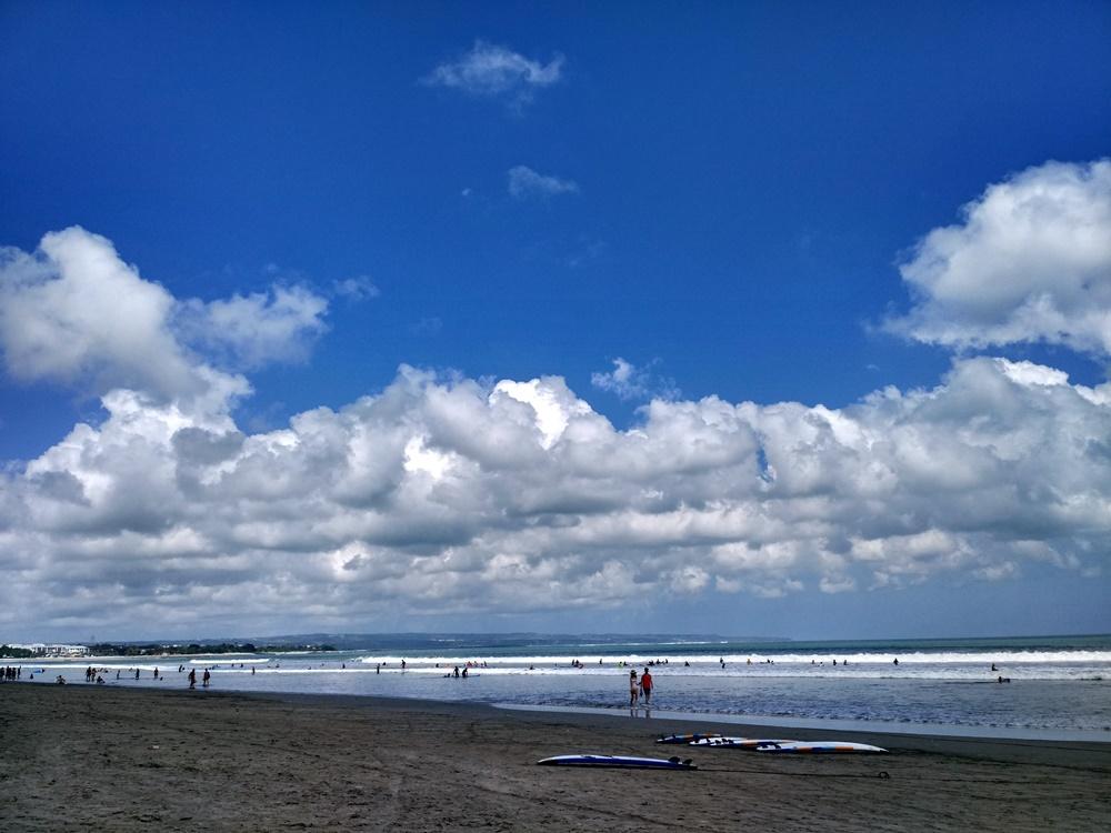 La playa arena fina de Kuta