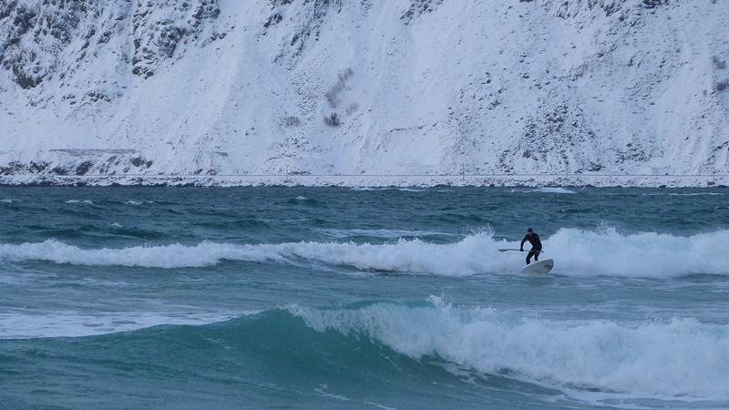 Surfeando en las Lofoten