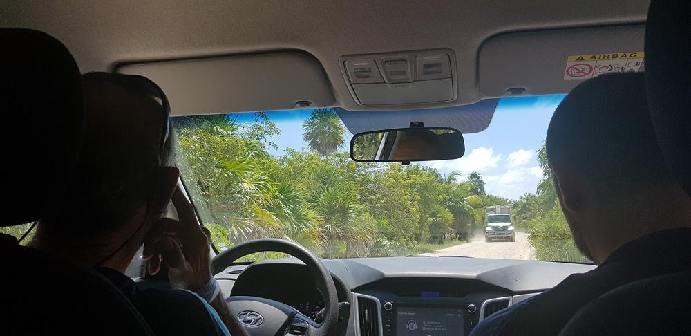 Conduciendo por México